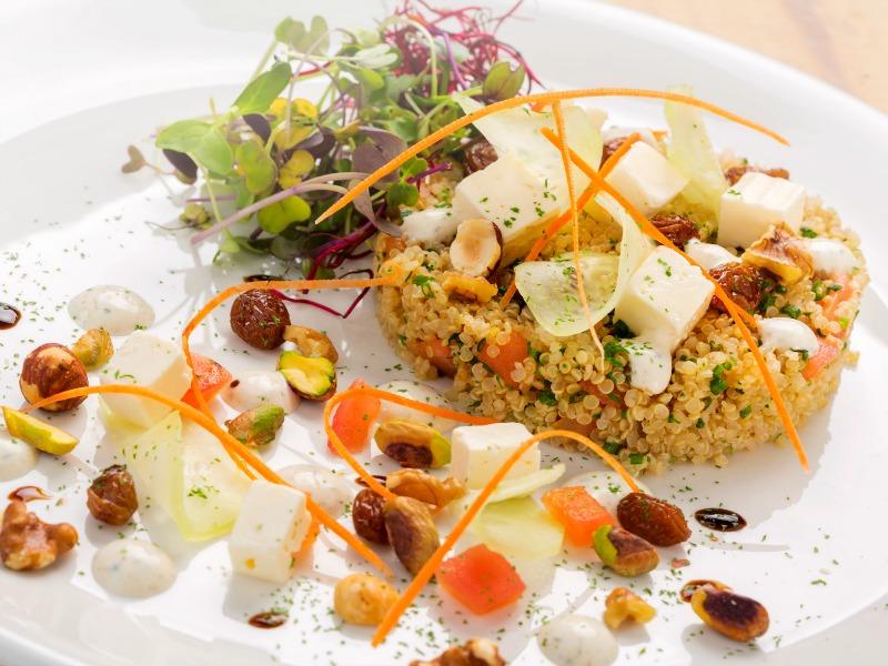 ensalada de quinoa del restaurante mad 13 madrid
